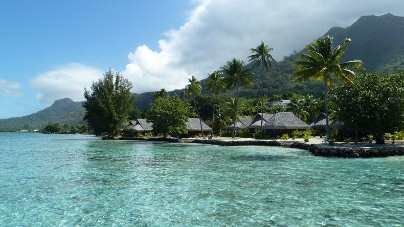 superior-lagoon-view-bungalow